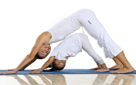 parent and child yoga  semillas center for the arts